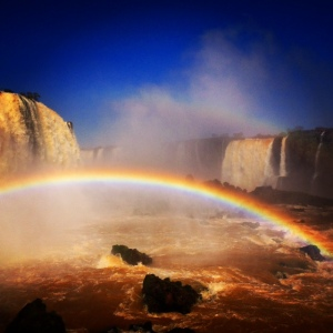Rainbow_Iguassu_Falls_waterfall